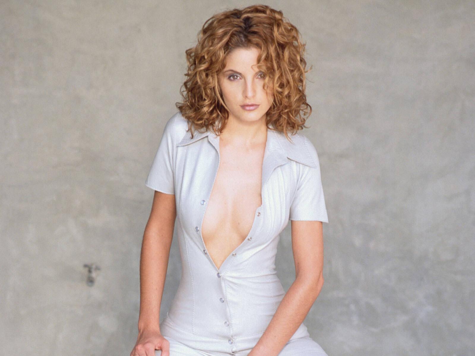 Alexis Thorpe Nude Photos 34