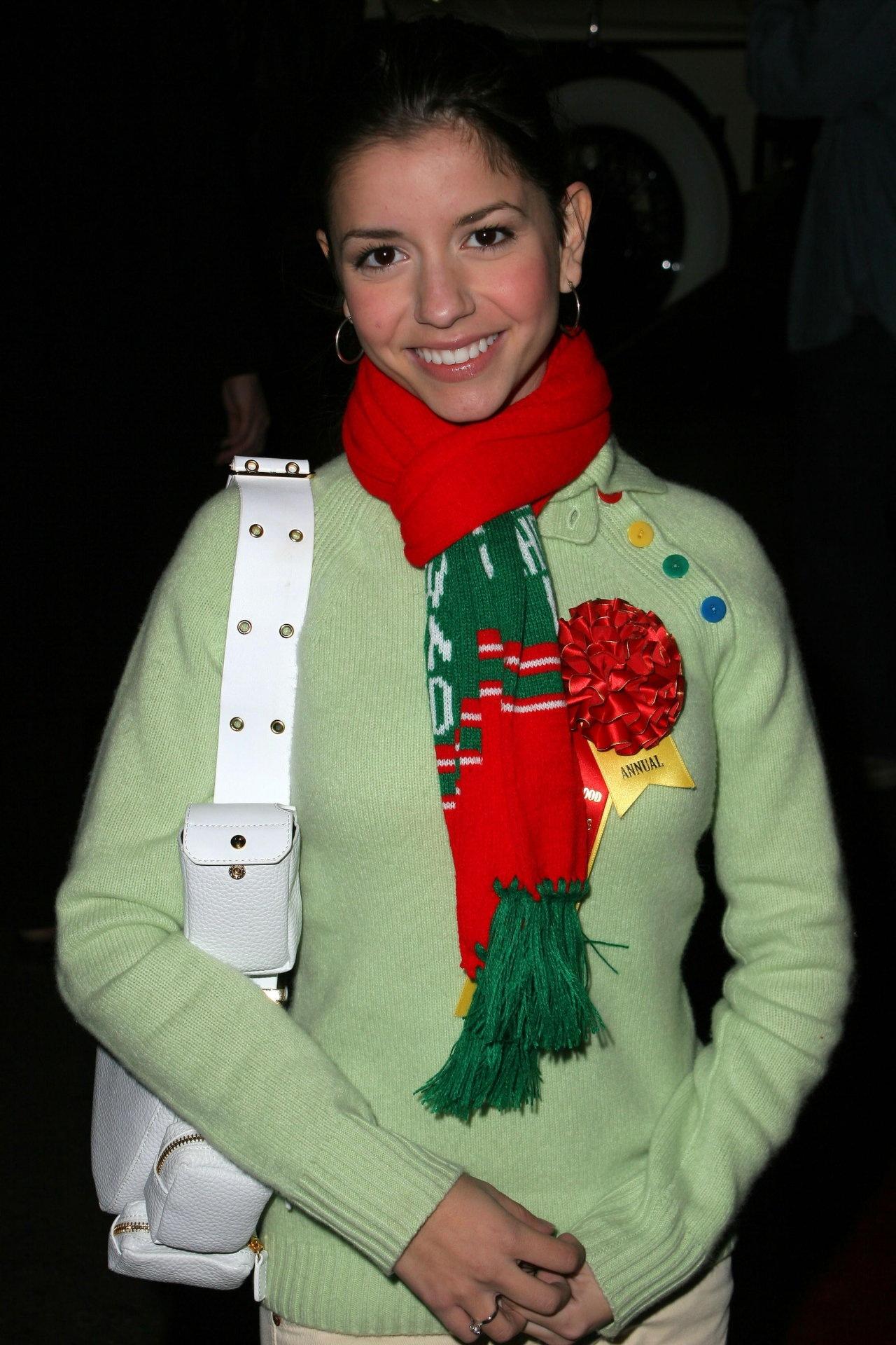 Масиела Луша (Masiela Lusha)