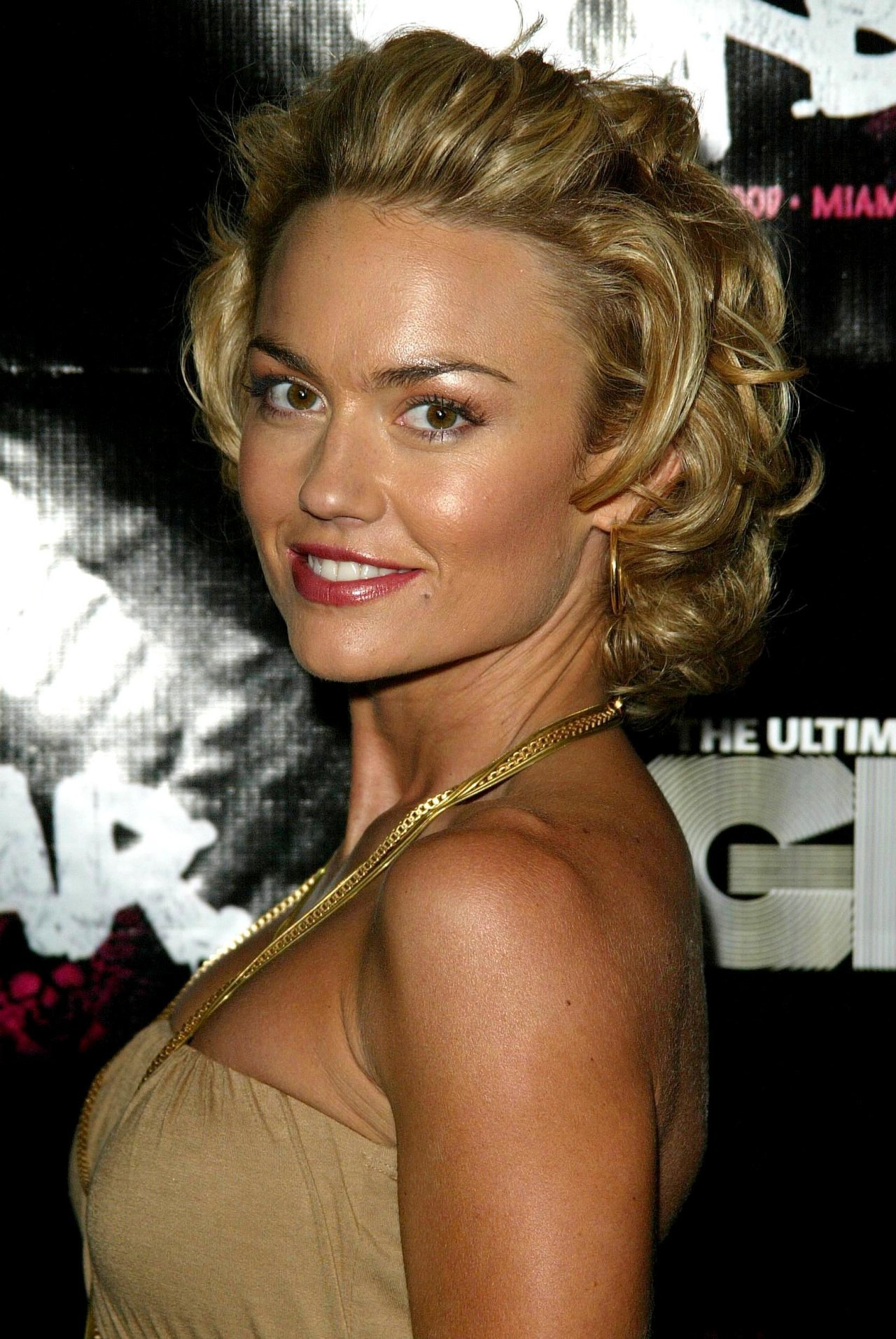 Kelly Carlson Nude Photos 42