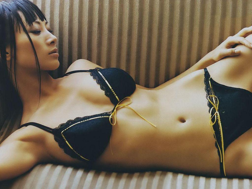 eroticheskie-foto-lina