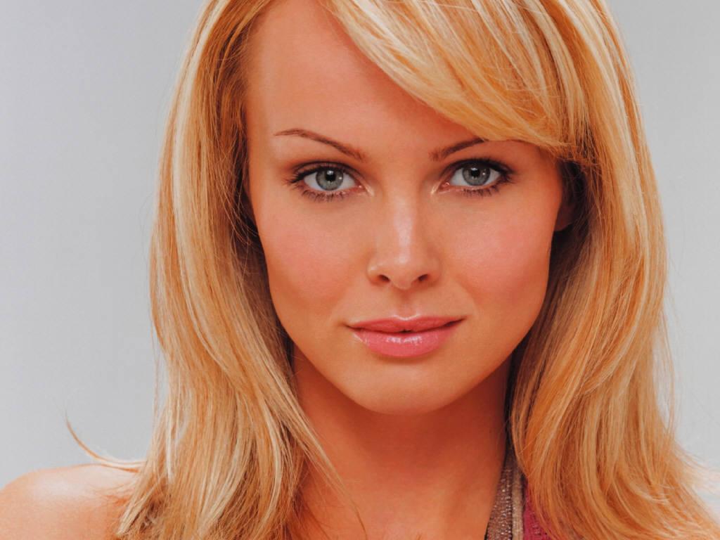 оголила запарка польских красоток онлайн каким