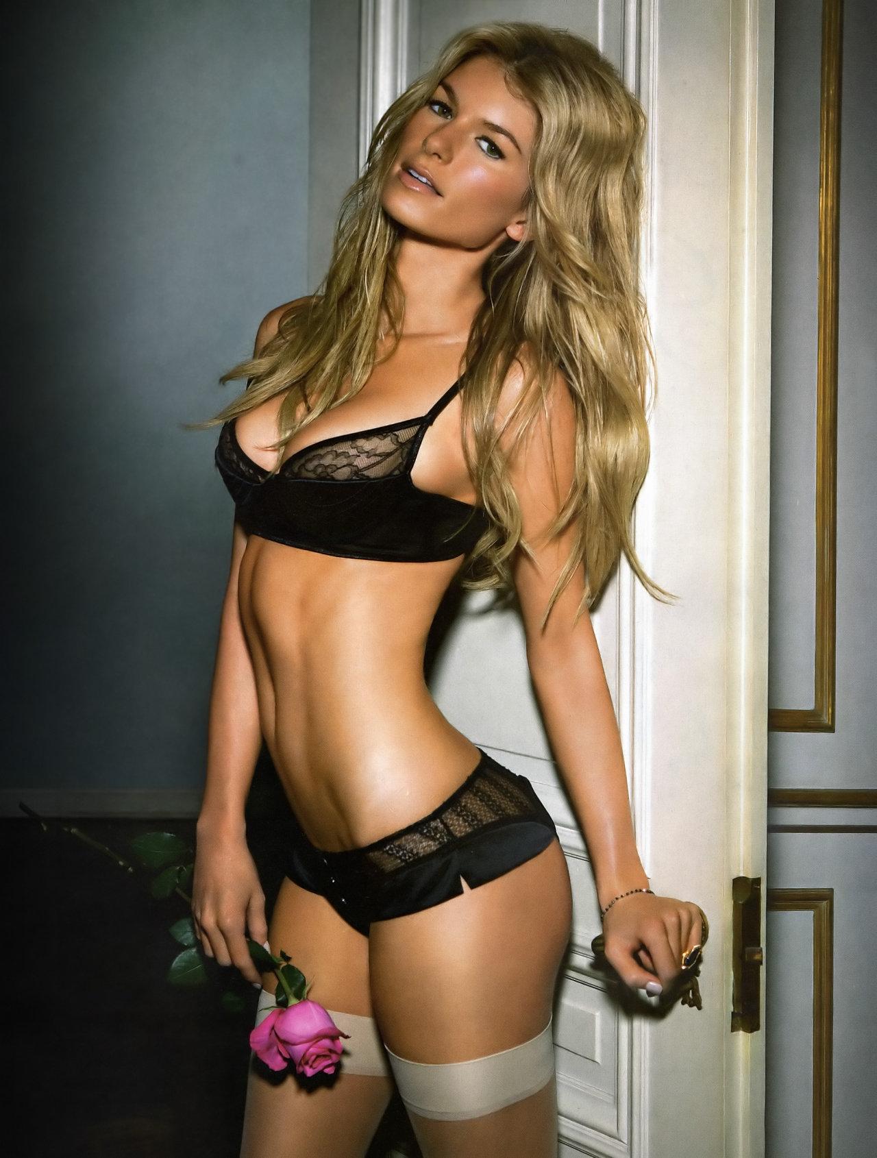 Сексуальные модели американские 22 фотография